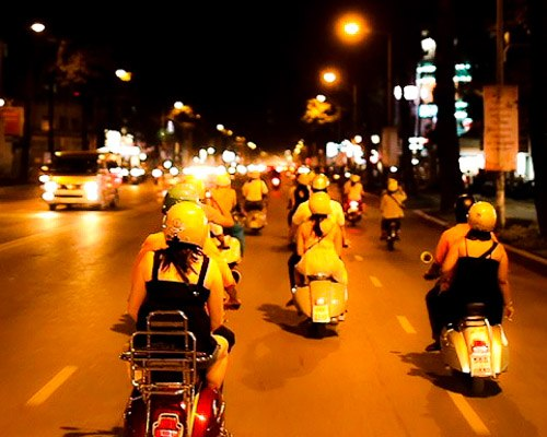Vespa saigon luxury travel